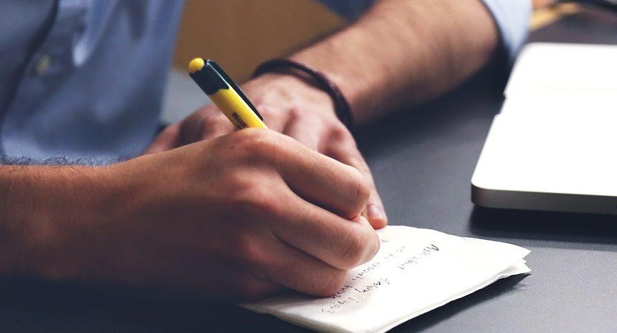 Cách học tiếng Anh cho người đi làm bận rộn
