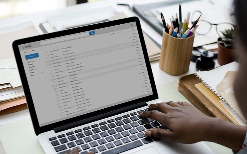 Bài email mẫu bằng tiếng Anh - cách gửi email bằng tiếng anh